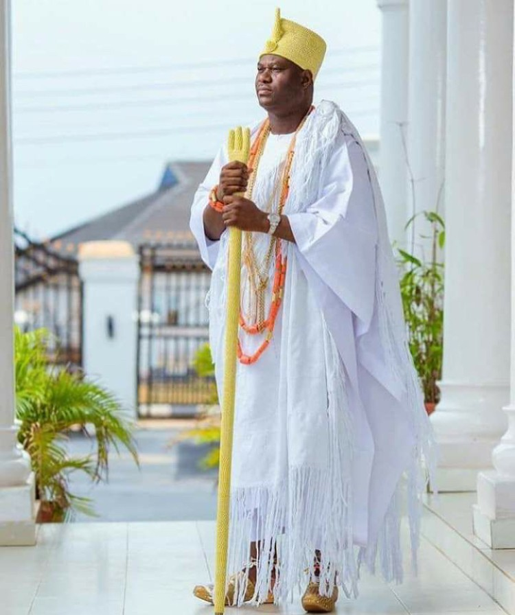 QUEEN LUWOO GBAGIDA; THE FIRST AND ONLY FEMALE OONI OF IFE 4
