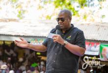 Photo of I'm coming to pay you – Mahama promises contractors