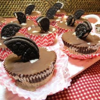 Cookies 'n Cream Ice Cream Cupcakes - myyellowfarmhouse.com