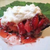 Double Chocolate Black-Bottom Strawberry Pie - If You Love Chocolate Covered Strawberries, You'll Love This Pie!