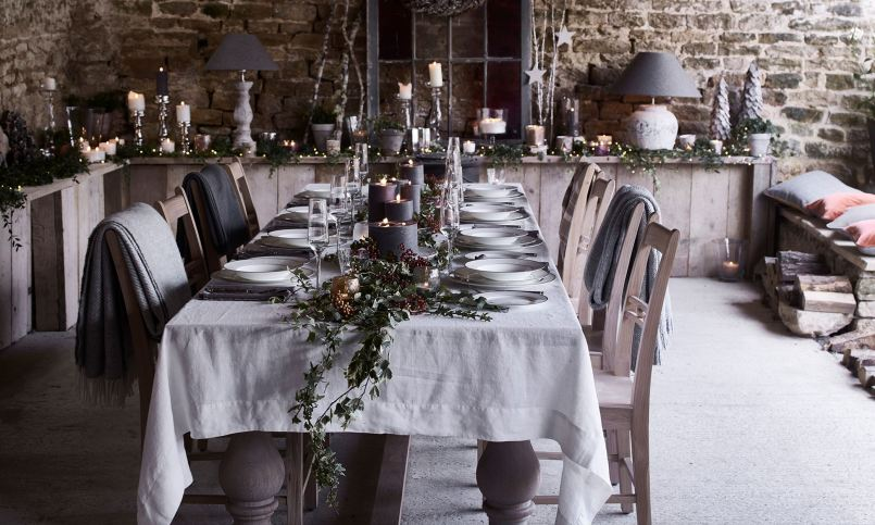 the-christmas-dining-table-1