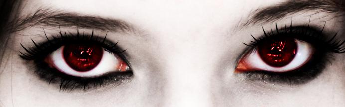 vampire_eyes_by_lauren_lovebites-d2y8atd