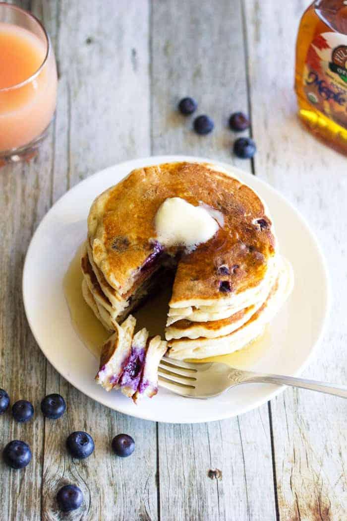 Fluffy, airy and oh-so-yummy Blueberry Greek Yogurt Pancakes!