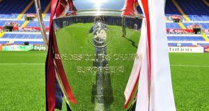Champions League Trophy q