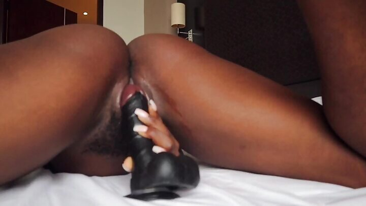 Ebony Dildo Wet Pussy Musturbation Video Leaked
