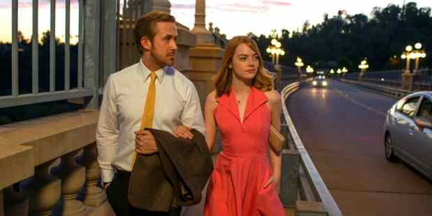 la-la-land-gosling-stone-reviews