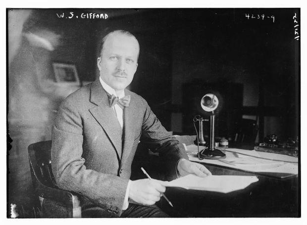 Walter_Sherman_Gifford_in_1925