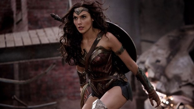 warner-bros-comic-con-movie-panel-will-include-wonder-woman-suicide-squad-and-more-social