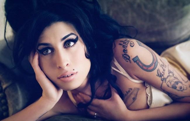 Music_Amy_Winehouse_Amy_Winehouse_031096_