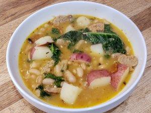 vegan-white-bean-kale-potato-soup