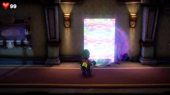 Das Foto zeigt, wie Luigi die Düsterlampfe benutzt und dabei eine Tür erscheinen lässt.