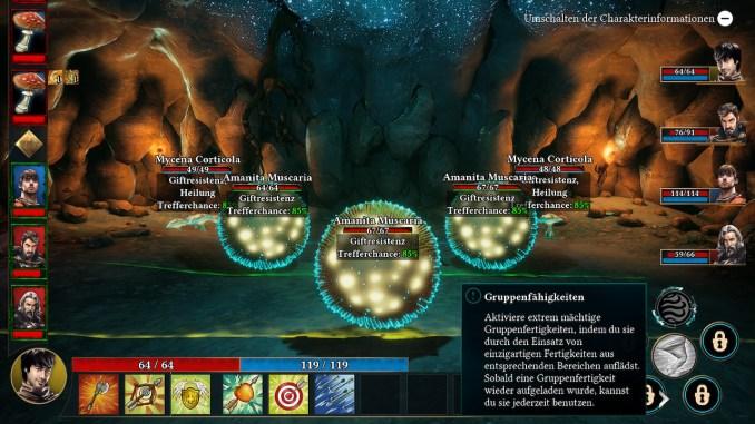 Das Bild zeigt den Kampfbildschirm mit fünf Pilzgegner und eine Textbox, welche die Gruppenfähigkeiten erklärt.