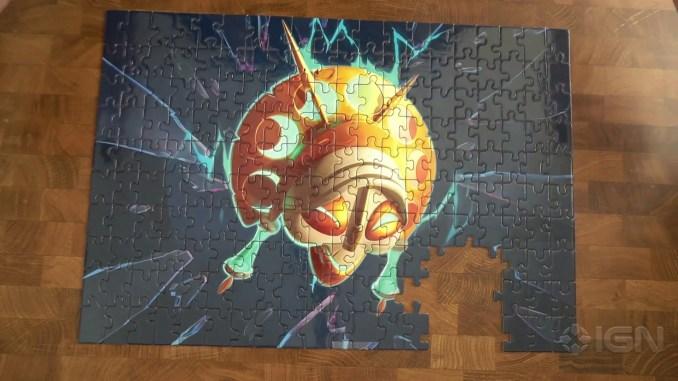 """Das Bild zeigt das zusammengesetzte Puzzle, welches Activision an diverse Pressevertreter gesendet hat. Man erkennt eine Maske aus dem Spiel """"Crash Bandicoot 4""""."""