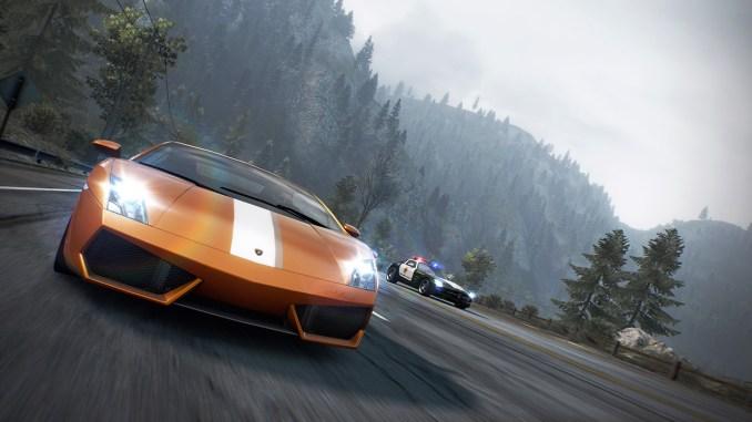 """Das Bild zeigt eine Luxuskarosse in """"Need for Speed: Hot Pursuit Remastered""""."""