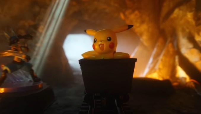 Das Bild zeigt das Pokémon Pikachu in einer Lore.