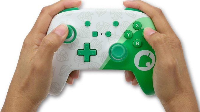 """Das Bild zeigt den neuen Controller von PowerA im """"Animal Crossing"""": Nook Inc-Design."""