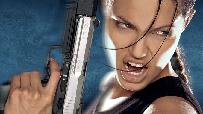 Das Bild zeigt Angelina Jolie als Lara Croft.