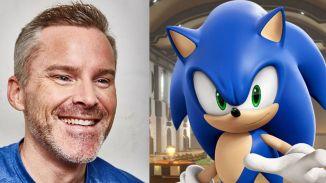 Auf dem Bild sieht man Sonics Synchronsprecher (links) Roger Craig Smith.