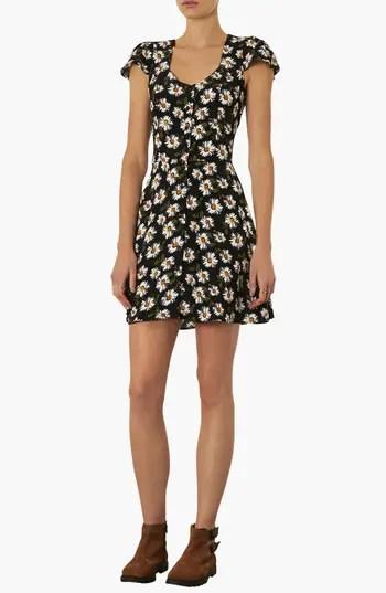 Topshop Daisy Print Tea Dress | Nordstrom