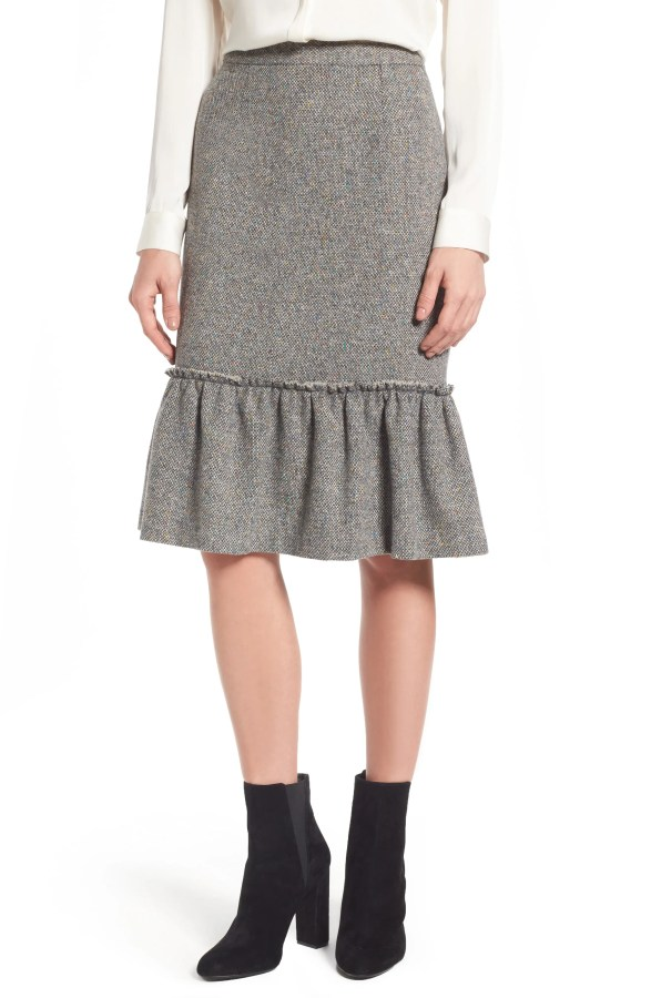 Main Image - Halogen® Ruffle Hem Pencil Skirt (Regular & Petite)