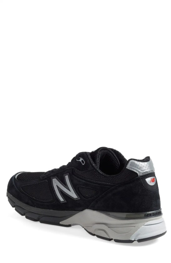 New Balance Men'S 990 V4 Wide Running Sneakers From Finish Line In Black | ModeSens
