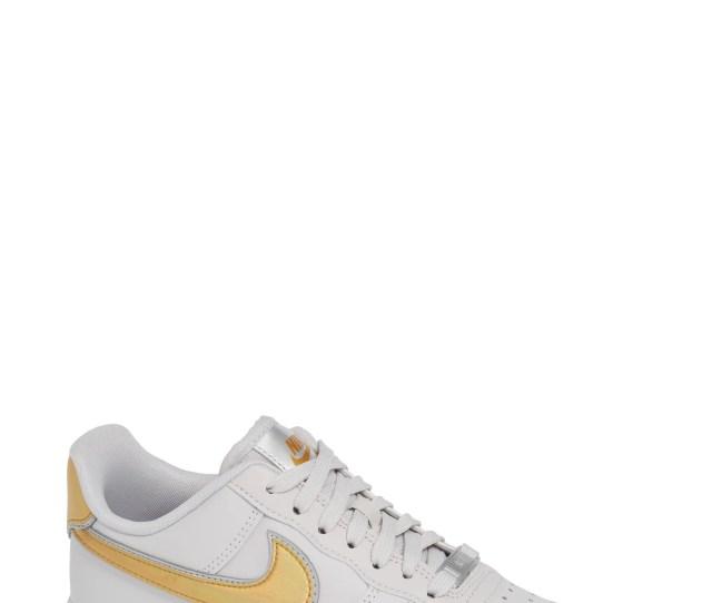 Air Force 1 07 Premium Sneaker Main