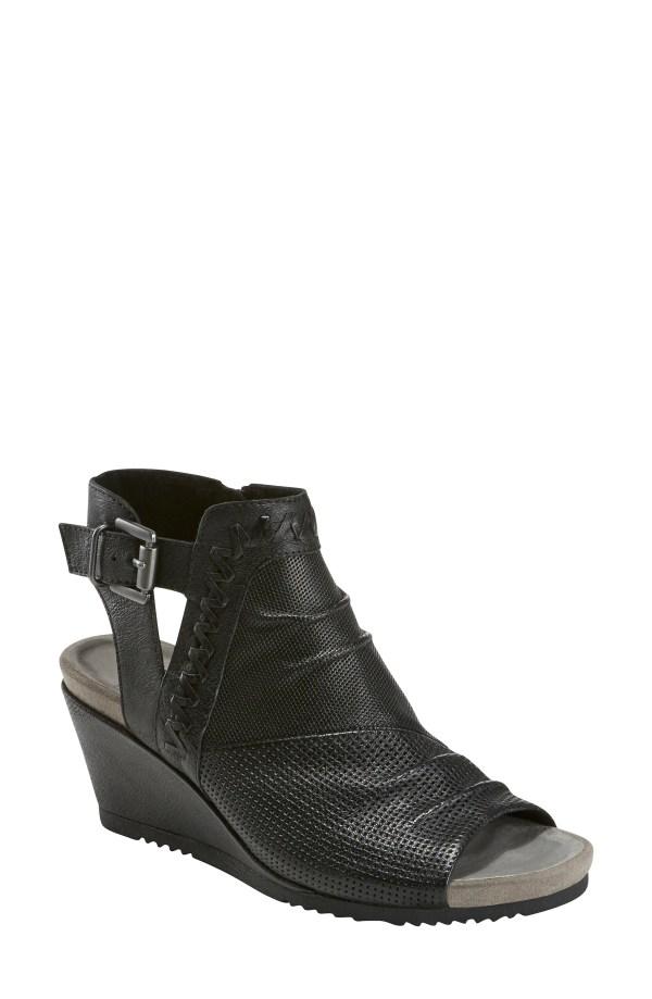 Women' Earth Sandals