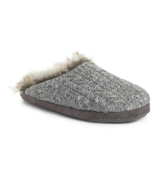 FabFitFun Winter 2019 Box Spoilers + Promo Code PJ SALVAGE | Faux Fur Trim Cable Knit Slipper