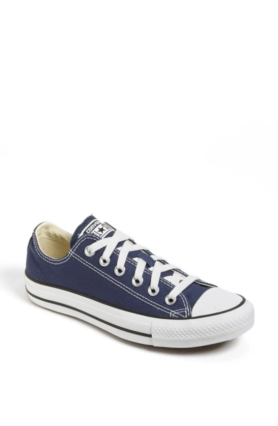 chuck taylor low top