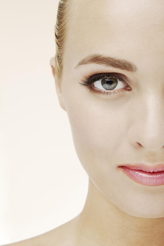 這4種臉相的女人最愛小白臉!你是嗎?