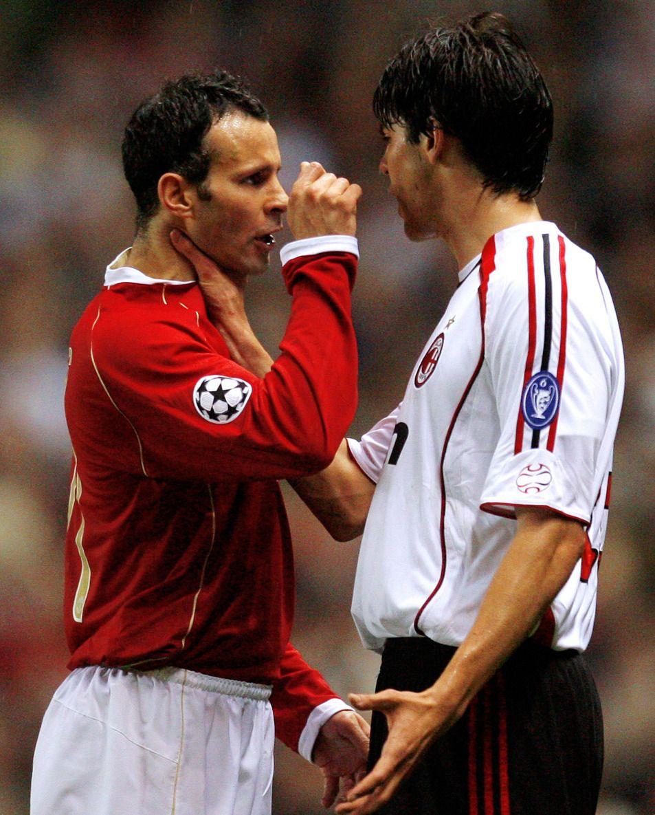 足球老照片:2007年歐冠AC米蘭客戰曼聯 卡卡怒懟吉格斯 PKC羅|卡卡|吉格斯|AC米蘭_新浪新聞
