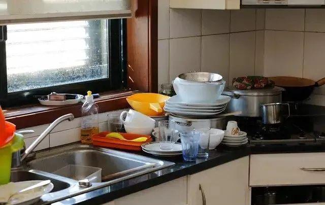 kitchens to go honest kitchen preference 房子大扫除 厨房至关重要 厨房去油五妙招 赶紧收藏吧 油渍 厨房 赶紧收藏