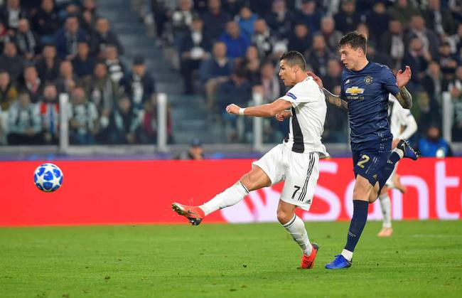 Champions League Manchester United 2-1 reverse win on Juventus 8