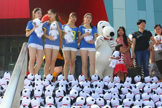 全球最著名的狗狗 史努比65周年紀念展首站落戶武漢_新浪湖北_新浪網