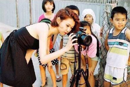 深圳最勵志情侶照片走紅 愛情讓彼此變得更好