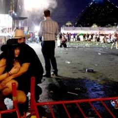 Kitchen Remodel Las Vegas Countertop Pop Up Electrical Outlet 现场 拉斯维加斯枪击案致超20人死目击者称枪声像是自动步枪 拉斯维加斯