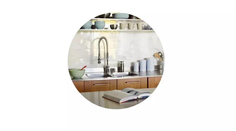 ikea kitchen remodel cost salamander equipment 厨房又小又乱 找宜家版 梦想改造家 爆改啊 免费的那种 宜家 厨房 爆改