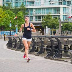 Runners Kitchen Aid Artisan 连续跑了100天之后她为何决定不再坚持每天都跑 跑步频道 新浪竞技风暴 当然有些高手会一周跑5休2 甚至能力更强的跑6休1 因人而异 但一般不建议一天都不休 另外一项研究也发现 每周最多运动14个小时 所以 如果你没有高水平 跑者的身体