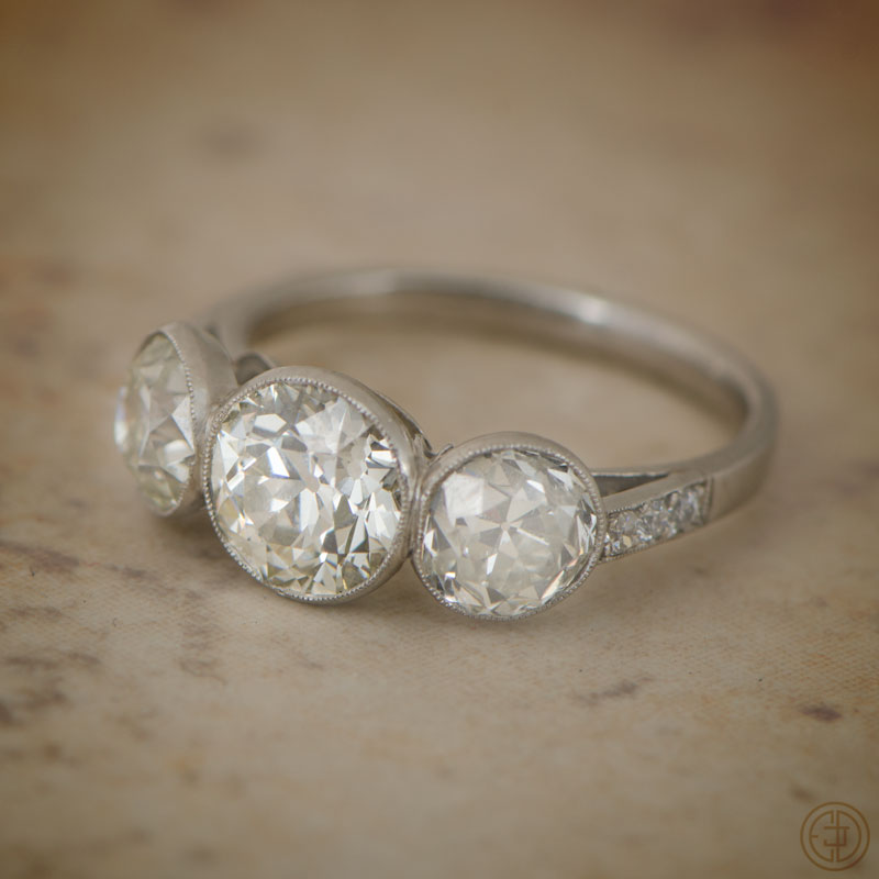 6682 Three Stone Ring
