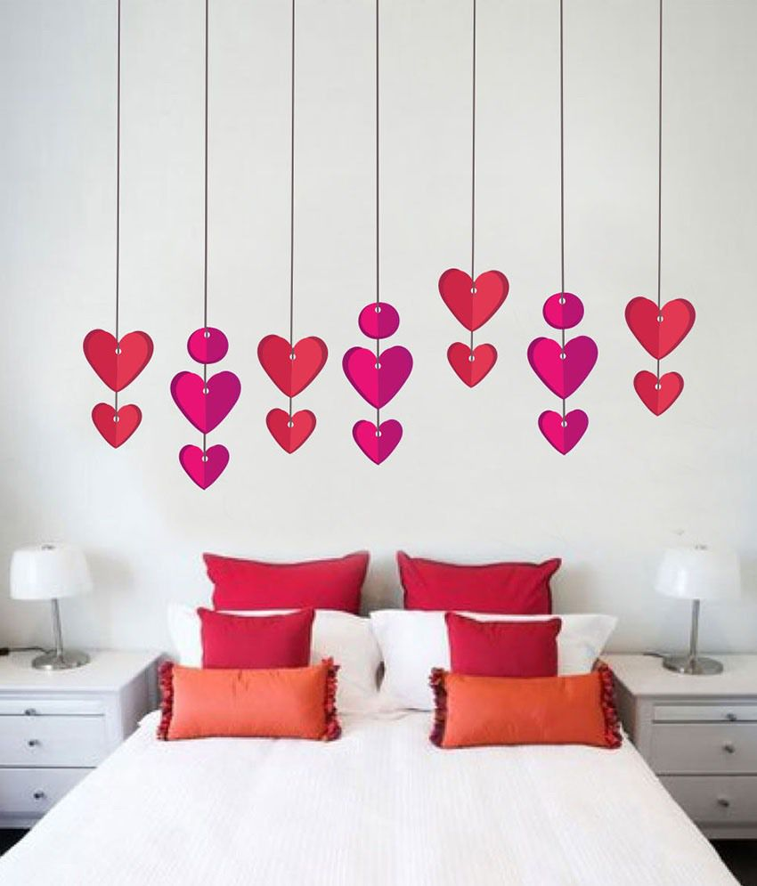 impression wall hanging hearts