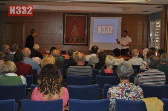 20150423 - Orihuela Town Hall Helps International Residents with Driving Talk (1)