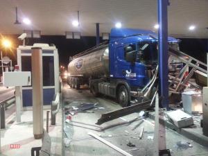 Serious Injury in Los Montesinos Truck Crash