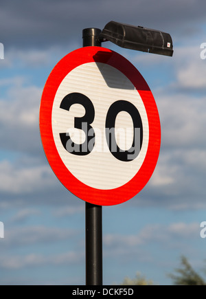 Road sign speed limit at 30 km/h 22-06 hours ...