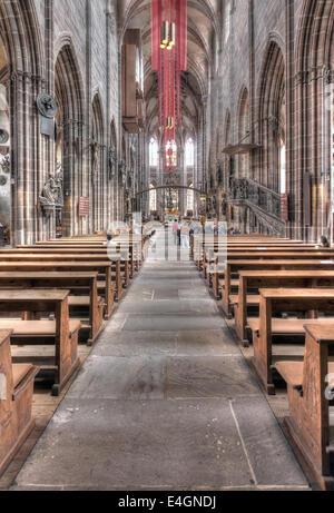 Innenraum der Kirche gotische Lorenzkirche oder St