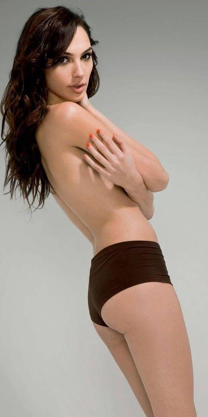 Gal-Gadot-Nude (1)