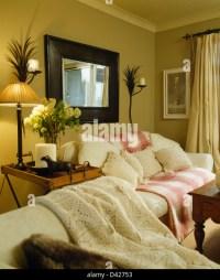Traditional Furniture Pink Sofa Stock Photos & Traditional ...