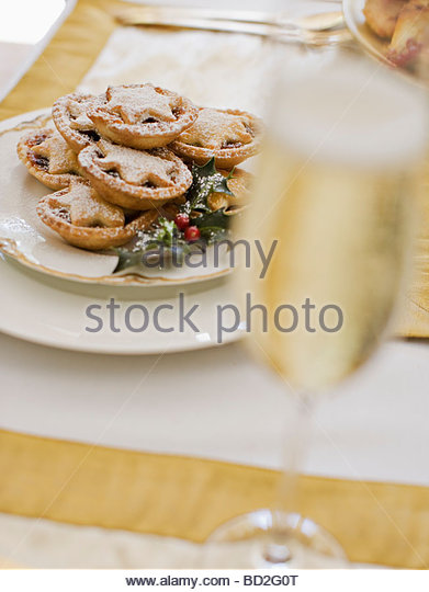 Mince Pie And Wine Stock Photos Amp Mince Pie And Wine Stock