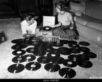 Record Player 1950s Stock Photos & Record Player 1950s ...