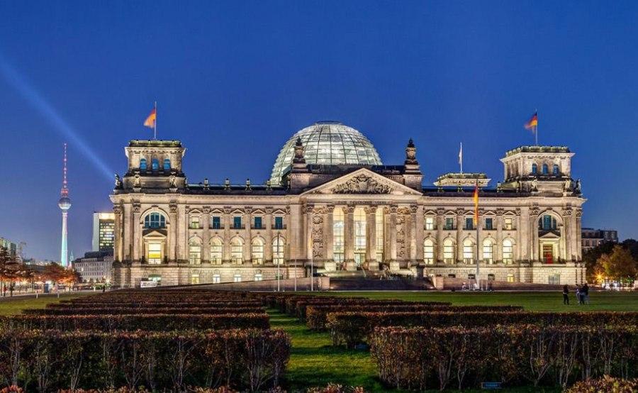 Рейхстаг Берлин фото