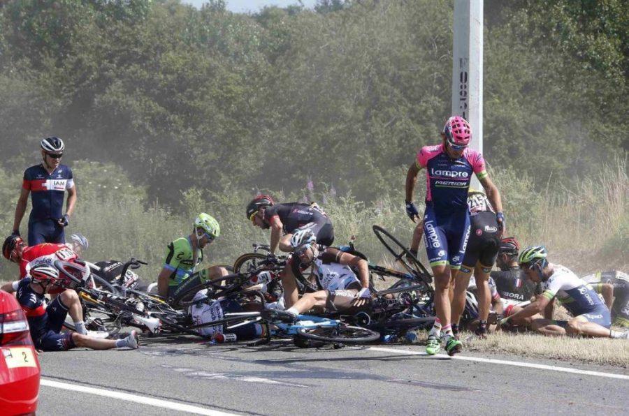 массовое падение на велосипедах
